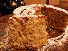 Ένα gourmet αρωματισμένο τσουρέκι με γλασαρισμένα φρούτα......επίσης ιδανικό για πρωινό η σνάκ, είναι το Ιταλικό panettone.  Αυτό το αφρά... Krispie Treats, Rice Krispies, Bread, Desserts, Christmas, Food, Tailgate Desserts, Xmas, Deserts