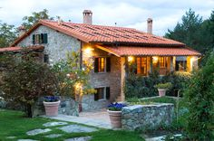 Italy is one of the most beautiful places on earth, and the region of Tuscany is part of the reason why. Here are 20 gorgeous homes in Tuscany, Italy.