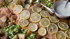 Fänkålslax, rostade potatisar, färskbroccoli och dragonsås. Foto: Malin Randeniye/P4 Sörmland