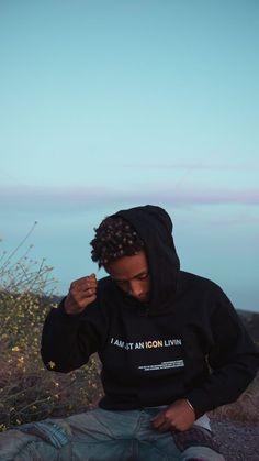 Jaden Smith now🌈 Willow Smith, Jaden Smith Fashion, Collage Des Photos, J Smith, Rap Wallpaper, Zendaya Coleman, Tyler The Creator, I Icon, Blue Aesthetic