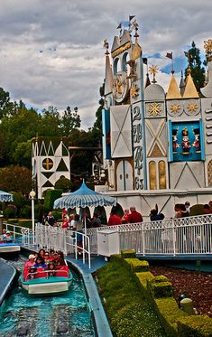 Disneyland California by ArtApril, via Flickr