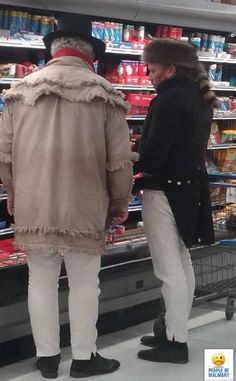 outrageous sights at Walmart making shoppers do a double take - Hübsche Leute