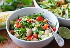 lilla matdériven: Zucchinispaghettisallad med limevinägrett