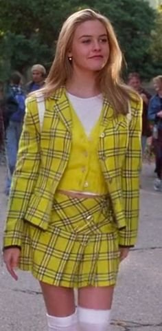 Clueless - Cher Horowitz Source by outfits inspiration dionne Cher Clueless Costume, Clueless Fashion, Clueless Outfits, 2000s Fashion, Look Fashion, Fashion Models, Fashion Outfits, Clueless 1995, Clueless Cher And Dionne