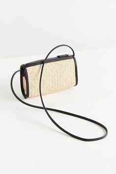 Slide View: 2: UO Connie Straw Crossbody Bag