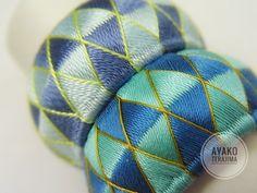 絹のミシン糸で今度は加賀ゆびぬきを作ってみました。 実験実験! 上が絹手縫い糸9...