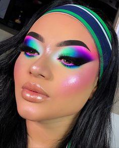 Makeup Inspo, Makeup Art, Makeup Inspiration, Makeup Tips, Beauty Makeup, Red Eyeshadow Makeup, Eyeshadow Looks, Dramatic Eye Makeup, Colorful Eye Makeup
