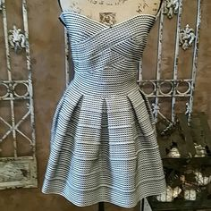 "GRACIA Fabulous strapless party dress Size S Black and white. .. AMAZING FABRIC .. hard to describe the awesome feel to this fabric with stretch. .. like a heavy ace bandage. ... back zipper. ... approximately 24"" length Gracia Dresses Strapless"