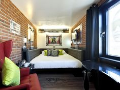 Hotel Hoxton -  if I ever go to London