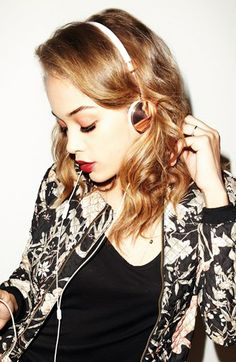 pretty headphones!