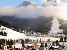 Traveller's Guide: Skiing in Italy
