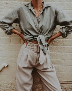 Safari vibes with new Holiday collection 🦖 // Safari Outfit Women, Safari Outfits, Safari Clothes, Womens Fashion Online, Latest Fashion For Women, Cool Street Fashion, Street Style, Safari Chic, Cropped Denim Jacket