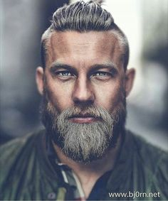 Older Mens Hairtyles 2018 hair styles for men 25 Ältere Herren Frisuren 2018 Older Mens Hairstyles, Hairstyles Haircuts, Cool Hairstyles, Viking Hairstyles, Viking Haircut, Stylish Haircuts, Hairstyle Names, Modern Haircuts For Men, Best Male Haircuts