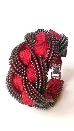 El cota de malla cremallera pulsera brazalete por ReborneJewelry