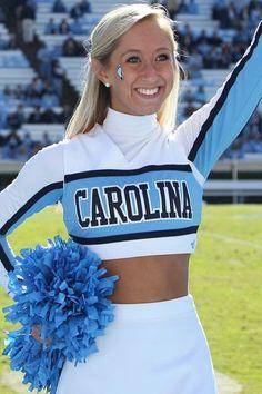 40 Favorite College Football Cheerleaders of 2013