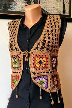 Fabulous Crochet a Little Black Crochet Dress Ideas. Georgeous Crochet a Little Black Crochet Dress Ideas. Crochet Vest Pattern, Crochet Jacket, Jacket Pattern, Free Knitting, Baby Knitting, Knitting Patterns, Crochet Patterns, Crochet Woman, Knit Crochet