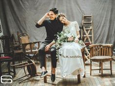 Elegant and All Natural 37 Korean Wedding Photos We have compiled photos of Korean couples to help you remove any question about wedding photos - Photography Subjects Pre Wedding Photoshoot, Wedding Poses, Wedding Shoot, Wedding Couples, Boho Wedding, Wedding Photography Styles, Couple Photography, Photography Photos, Korean Wedding