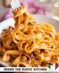 Italian Risotto Recipe, Italian Dinner Recipes, Risotto Recipes, Italian Stew, Tagliatelle Pasta, Homemade Pasta, Rustic Kitchen, White Wine