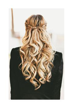 Chic Braided Wedding Hairstyles - A Little Dash of Darling via Hair Romance Good Hair Day, Great Hair, Pretty Hairstyles, Wedding Hairstyles, Wedding Updo, Braided Hairstyles, Updo Hairstyle, Braided Updo, Weekend Hairstyles