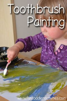 Toothbrush painting: A fun way to paint that kept my toddler entertained for more than 30 minutes! Toddler Preschool, Toddler Crafts, Preschool Crafts, Toddler Activities, Fun Arts And Crafts, Crafts For Kids, Painting For Kids, Art For Kids, Toddler Art
