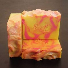 Pineapple Orchid Type Soap. A lovely scent that is composed of an amazing blend of sweet pineapple, rose, velvety violets, white orchids, and black currants. A wonderful duplication of a popular scent by B&B. Link is in bio. #etsy #etsyprepromo #theetsysh