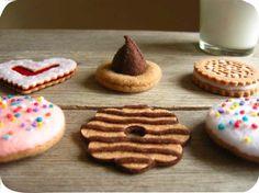 Etsy の Felt Mix Match Batch-O-Cookies by milkfly