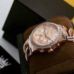 Michael Kors MK3247 | @MyRich.de #MichaelKors #michaelkorswatch #mk #mk3247 #original #official #watch #style #uhr #trend #life #new #chronograph #lifestyle #brand #jetset #luxus #juwelry #luxury #lady #fashion #time #mesh #bracelet #special #rosé #rosegold #accessories #crystal