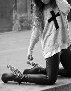I need everything in this picture. In love with the sweater and the shoes.