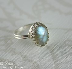 Labradorite ring,Sterling silver labradorite ring,labradorite cabochon ring,Silver labradorite ring,Adjustable ring,Cabochon ring    I have