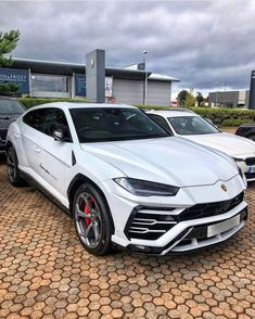 Luxury and fastest cars in the world. This is the result of Luxus und schnellste Autos der Welt. Dies ist das Ergebnis außergewöhnlicher menschlicher … – luxus Luxury and fastest cars in the world. This is the result of extraordinary human … - Luxury Sports Cars, Fast Sports Cars, Best Luxury Cars, Fast Cars, Sport Cars, Sport Sport, Carros Audi, Huracan Lamborghini, White Lamborghini