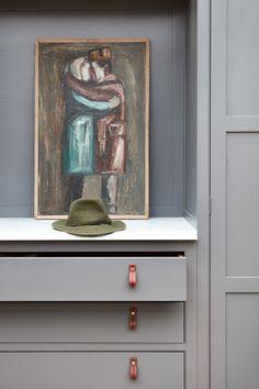 modern frameless kitchen