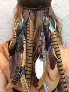 Boho-Frisuren & Hippie Accessoires auf www.de Source by gofeminin Hippie Chic, Boho Chic, Mode Hippie, Estilo Hippie, Mode Boho, Bohemian Look, Hippie Gypsy, Bohemian Hair, Hippie Accessoires