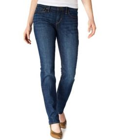 Best Jeans for Petite Women: Levi's Petite Jeans Slimming Straight-Leg
