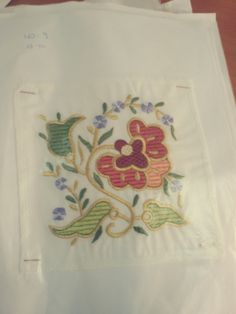 This Pin was discovered by Hat Crewel Embroidery, Embroidery Designs, Turkish Fashion, Bargello, Beading Patterns, Oriental, Diy And Crafts, Tablecloths, Projects