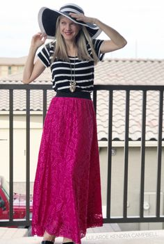 Lace LuLaRoe Lucy skirt paired with a striped classic tee! This outfit feels Parisian to me! Click to shop LuLaRoe or for more style inspiration!