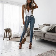 Image shared by Jelena Jevtić. Find images and videos about fashion, style and outfit on We Heart It - the app to get lost in what you love. Casual Bar Outfits, Cute Summer Outfits, Classy Outfits, Sexy Outfits, Stylish Outfits, Spring Outfits, Fashion Outfits, Estilo Fashion, Boho Fashion
