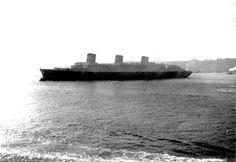 SS Normandie leaving New York 1935