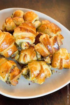 Croissants apéritif Pesto et Jambon cru Tapas, Mexican Food Recipes, Healthy Recipes, Ethnic Recipes, Healthy Food, Mini Croissants, Brunch, Exotic Food, Love Eat