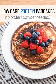 Low Carb Protein Pancakes - Slender Kitchen.+Works+for+Clean+Eating,+Gluten+Free,+Low+Carb,+Vegetarian+and+Weight+Watchers®+diets.+283+Calories.