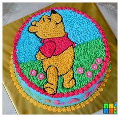 Winnie the Pooh Birthday cake by mamamira, via Flickr