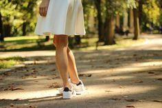 Zo draag je platte schoenen als je niet zo groot bent - Gazet van Antwerpen: http://www.gva.be/cnt/dmf20160609_02331423/zo-draag-je-platte-schoenen-als-je-niet-zo-groot-bent?hkey=e792f42ec4cc315847d33fc303e2fb15