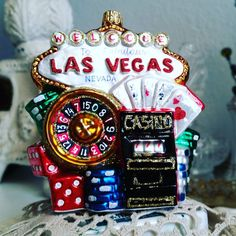 Do you feel lucky? Tuesday's Travels.  Your passport to Christmas. Vegas baby!  #glassornaments #christmasornaments #tuesdaystravels #passporttochristmas #instachristmas #instatravel #polishornaments #christmas #merrychristmas #ornaments #vegas #lasvegas #casinos