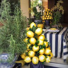 Table Arrangements, Table Centerpieces, Floral Arrangements, Italian Party, Lemon Party, Eid Party, Party Buffet, Al Fresco Dining, For Love And Lemons