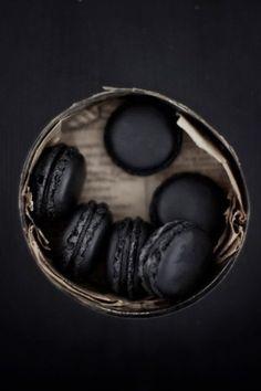 Black Macarons.