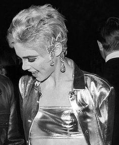 Edith Edie Minturn Sedgwick Heiress Socialite 1960s Sixties Andy Warhol Pop Art Film Superstar Actress Vogue Youthquaker Underground Fashion Icon Silver Outfit Clothes Large Earrings Ear Cuff Earring Jewelry  #EdieSedgwick #AndyWarhol