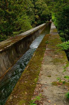 Suiro-Kaku, The Roman-style aqueduct in Nanzen-Ji, Kyoto / 京都・南禅寺にある水路閣