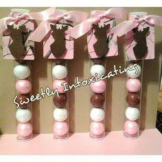 Real Teee pink doe gumball favors