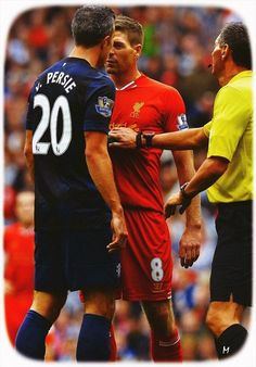The intensity of the Man Utd-Liverpool rivalry - Get him, Stevie G! Liverpool Legends, Fc Liverpool, Liverpool Football Club, Liverpool Players, Steven Gerrard Liverpool, Stevie G, France Football, Van Persie, Soccer Gear