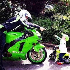 #Sportsbike #Superbike #MiniMoto #MotoLove #FatherAndSon