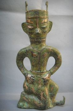 Bronze and silver figure, Sanxingdui culture, State of Shu (蜀), an ancient state in what is now Sichuan, China. Shu was based on the Chengdu Plain, in the western Sichuan basin. This independent Shu state was conquered by the state of Qin in 316 BC, but recent archaeological discoveries at Sanxingdui and Jinsha thought to be sites of Shu culture indicate the presence of a unique civilization in this region before the Qin conquest.